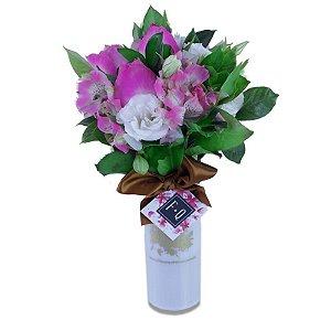 Cup de Lisiantus com Rosas