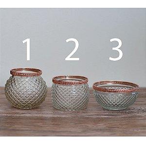 Vaso de vidro com borda de cobre