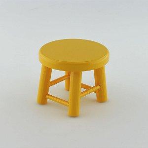 Banquinho de MDF P - Amarelo Gema