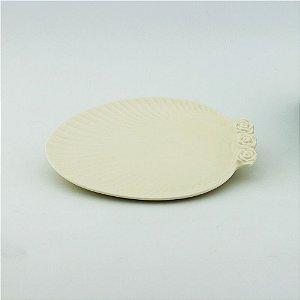 Prato Oval creme - pequeno (21x27cm)