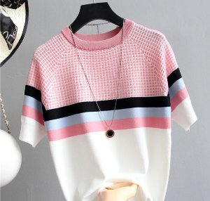 Camiseta feminina Tricotada Listrada