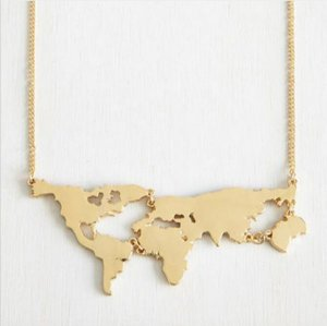 Colar mapa mundi - dourado