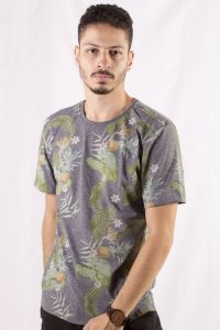 CAMISETA MASCULINA TROPICAL PINEAPPLE JUNGLE
