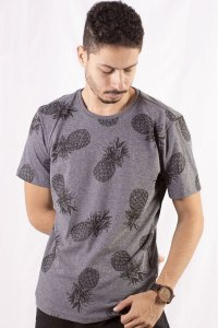 CAMISETA MASCULINA TROPICAL PINEAPPLE