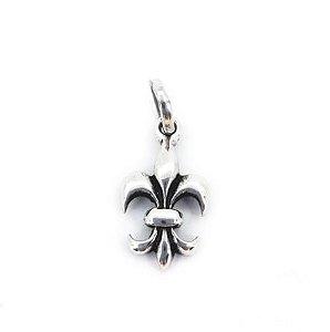 Pingente Prata Flor de Lis Pequeno