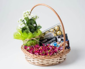 Cesta de Café com Chocolate e Flores Luxo