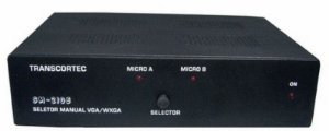 Seletor de Video VGA/WXGA 2 Entradas c/ by-pass e 1 saída. (c/ 2 Cabos S-VGA). (Fonte Externa ) - SM-210E