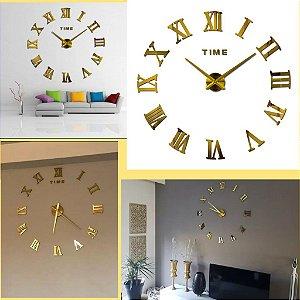 Relógio De Parede Grande Cor Dourado Algarismo Romano