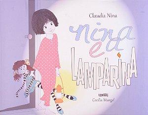 NINA E A LAMPARINA