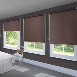 CORTINA ROLÔ ÁUREA BLACKOUT Largura 1,60 x 1,40 Altura BROWN