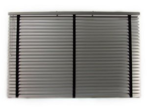 Persiana Horizontal Alumínio 50 mm com fita Largura 1,35 x 1,35 Altura Prata