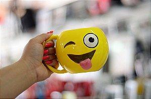 Caneca emoji lingua