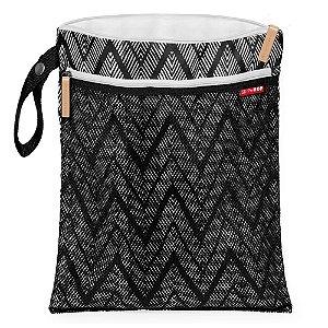 Bolsa Impermeável para Roupas Secas e Molhadas Zig Zag Wet & Dry Bag - Skip Hop