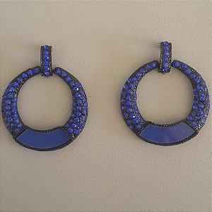 brincos maxi bijuterias  azul e preto de  para o dia a dia de uma mulher moderna.