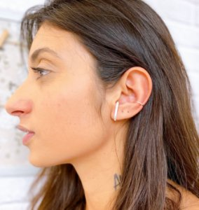 BRINCO EAR HOOK  FIO QUADRADO PRATA 925