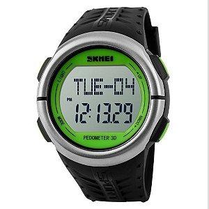 Relógio Pedômetro Masculino Skmei Digital 1058 Preto e Verde