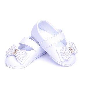 Sapato Baby Couro Ecológico.Cor Branca. Laço Bordado.