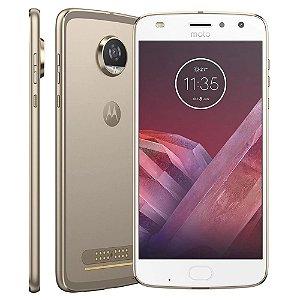 Smartphone Motorola Moto Z2 Play XT1710 Ouro com 64GB, Tela de 5.5'', Dual Chip, Câmera 12MP, Android 7.1, Processador Octa-Core e 4GB de RAM
