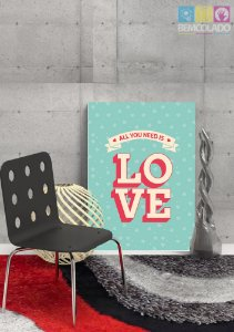 "Placa Decorativa ""All We Need is Love"""
