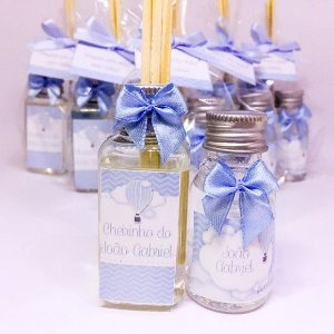 Lembrancinha Maternidade - Kit Aromatizador 40 ml e Alcool gel 30 ml classic