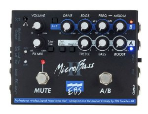Pedal EBS MicroBass II Preamp Baixo directbox - A/B box - MB