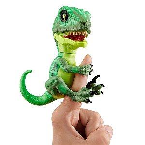Dinossauro Raptor Hazard Agarradinhos  Fingerlings Untamed Verde