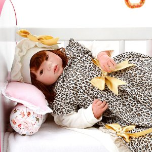 Boneca Bebe Reborn Eloise Graziela Marrom Bichinhos Cegonha Reborn Dolls Mais 24 Acessórios 48cm