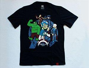 Camiseta Avengers Sátira