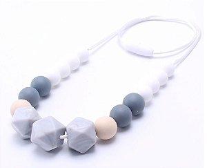 Colar mordedor em silicone white fashion