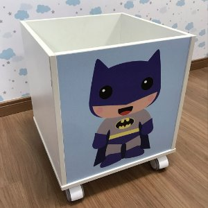 Baú organizador de brinquedos com tema batman