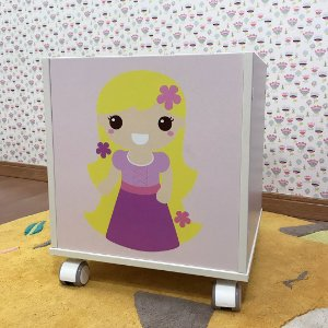 Baú organizador de brinquedos tema princesa Rapunzel