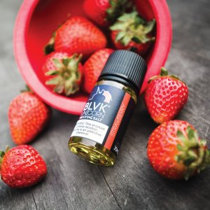 STRAWBERRY NICSALT E-LIQUID 30ML 50MG - BLVK