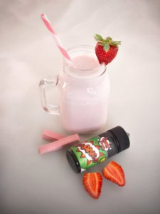 Strawberry Cookie And Milk 3mg - 100ml | Comic Clouds