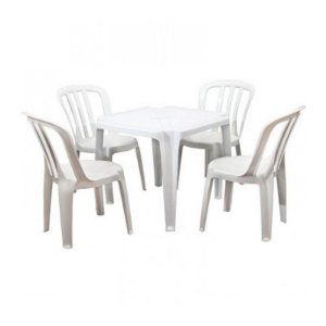 Jogo de Mesa com 04 Cadeiras de Plástico -Branco