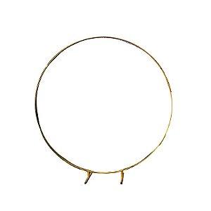 Arco de ferro dourado