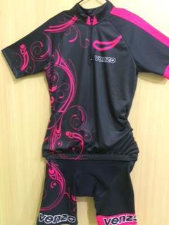 Conjunto Venzo Bermuda e Camisa  de Ciclismo Feminina Forro Preta Rosa