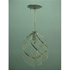 Lustre de ferro cromado com pingentes em vidro