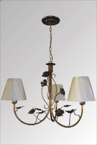 Lustre de ferro com flores hortensia com cupula
