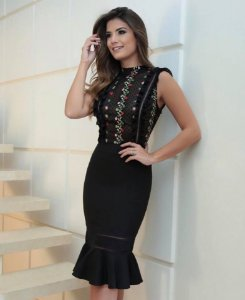 Vestido Bordado Ariane Canovas