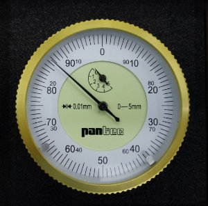 Relógio Comparador 0-5mm/0,01mm Com Fuso no Dorso Pantec 12325-5