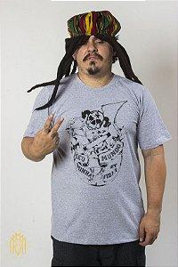 Camiseta Planeta Cinza MMMV