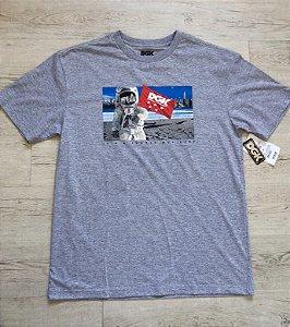 Camiseta DGK - Lua