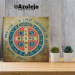 A cruz sagrada seja minha luz - AZULEJO TAMANHO 20 X 20 CENTÍMETROS, COM SUPORTE.