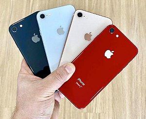 Apple iPhone 8 64GB - Seminovo de Vitrine - 4,7