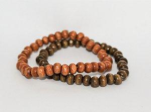Par de pulseiras de bolinhas de madeira