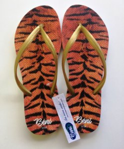 Chinelo Tigre