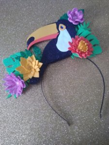 Tiara de Carnaval de Tucano clássica toda em EVA.