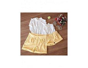 Conjunto de Shorts Amarelo com Blusa Branca - Mãe e Filha