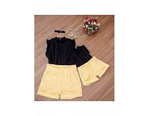 Shorts Amarelo e Blusa Preta - Mãe e Filha