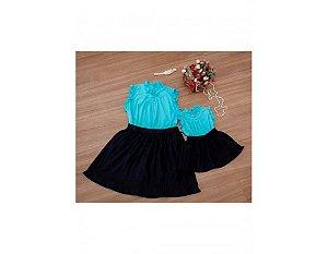 Conjunto Saia Plissada Preta e Blusinha Azul - Mãe e Filha